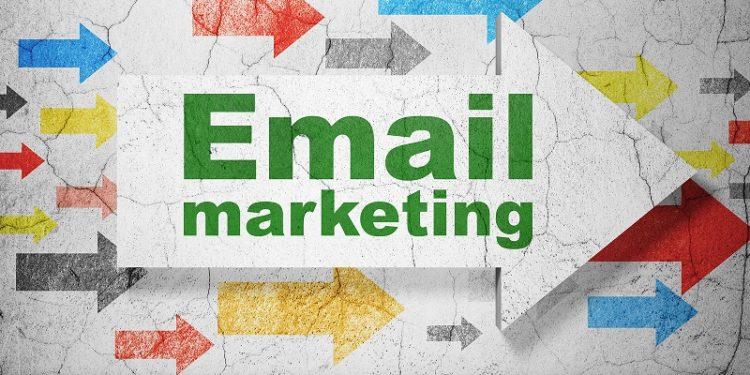 L'E-mail marketing è un tipo di marketing diretto che usa la posta elettronica come mezzo per comunicare messaggi commerciali