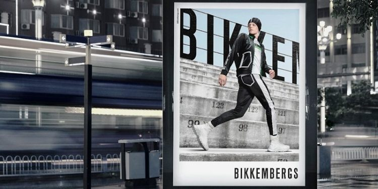 Bikkembergs sfila a Maze