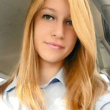 Laura Zucchiatti è appassionata di Marketing e Comunicazione